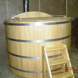Купель с печью из дерева
